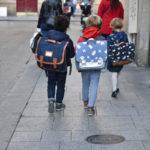cartables d'écoliers en CP
