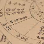 Qu'est ce qui distingue la voyance de l'astrologie ?