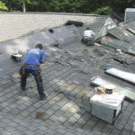 Travaux de toiture: a-t-on réellement besoin d'installer des gouttières ?